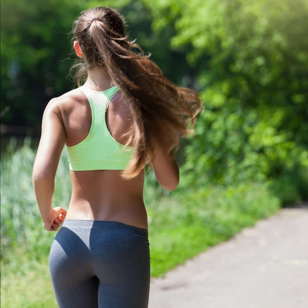 woman back running