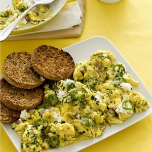 cheesy-scrambled-eggs-400x400