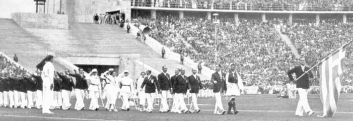 Η ελληνική αποστολή μπήκε πρώτη στο Στάδιο στη παρέλαση των ομάδων. Κι ο Σπύρος Λούης παρέλασε μπροστά από τους Έλληνες αθλητές